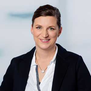 Frau Mirja Pütz